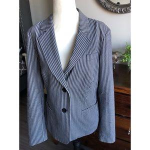 Gorgeous fitted pin stripe blazer/jacket